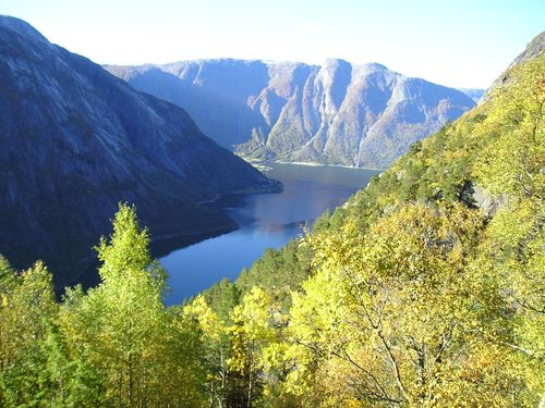 Hardanger Fjord - Norway (26)