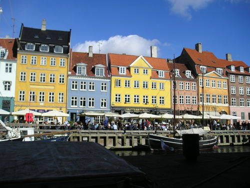 Copenhagen_canal_views_nyhaven_ro_2