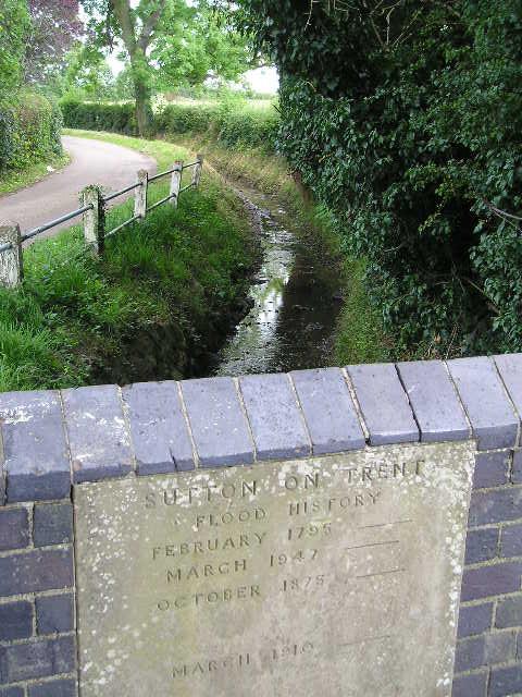 Sutton Flood History -- Sutton-on-Trent, England